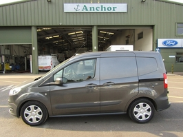 Ford Transit Courier WN16 OOW