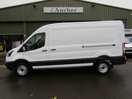 Ford Transit MA67 VUE