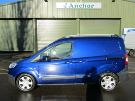 Ford Transit Courier CX15 PZF