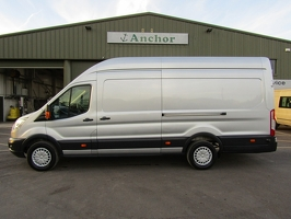 Ford Transit YS64 ZXB