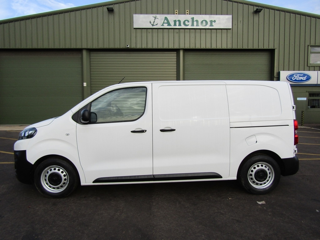 Citroen Dispatch AY17 XZB