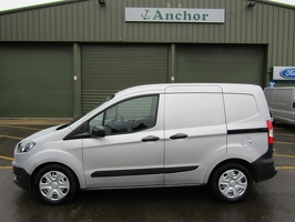 Ford Transit Courier LV18 KHD