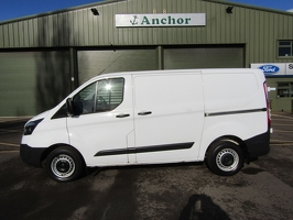 Ford Transit Custom RV16 URM