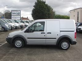 Ford Transit Connect AX12 AEG