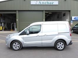 Ford Transit Connect HG17 EJL
