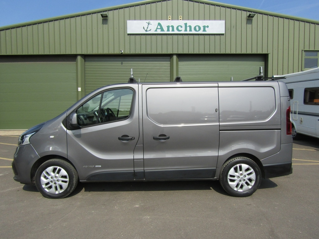 Renault Trafic RO16 OPS