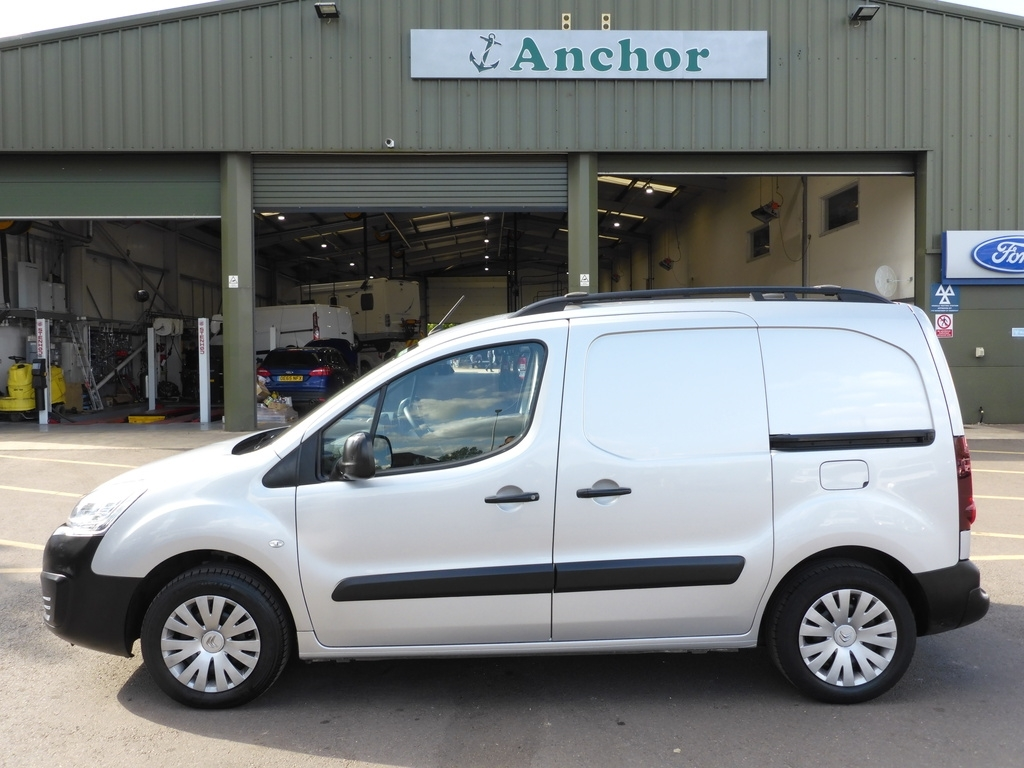Citroen Berlingo PJ66 FNH