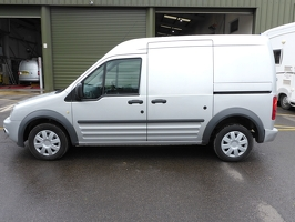 Ford Transit Connect AD11 BZN