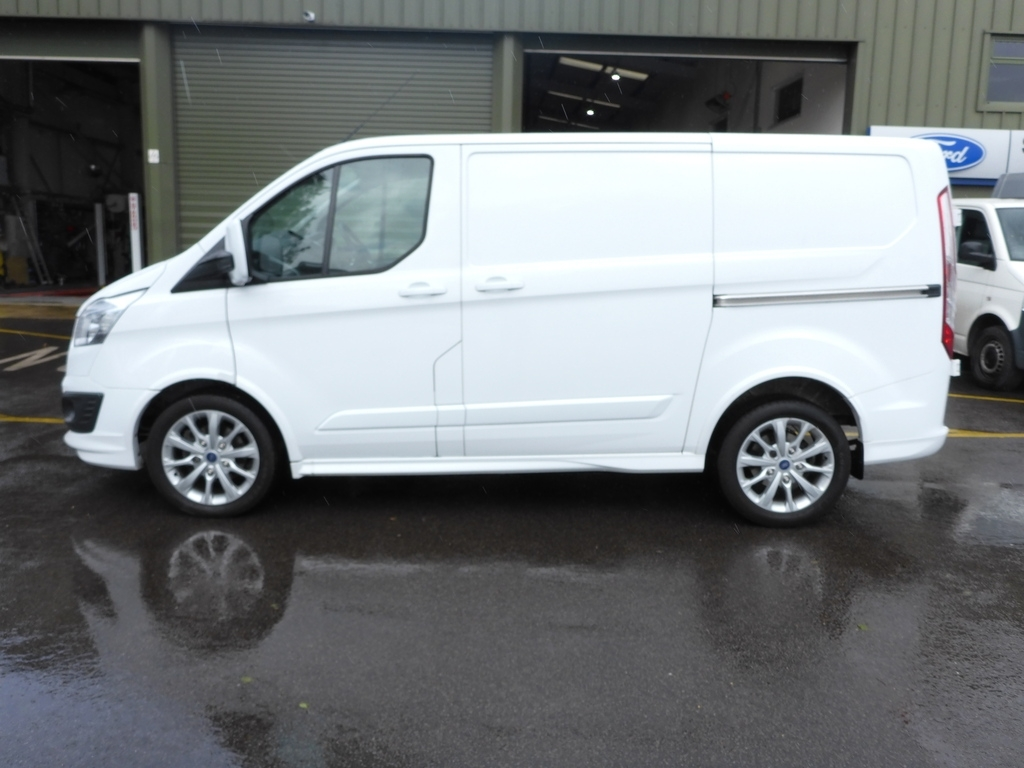 Ford Transit Custom MT16 UXU