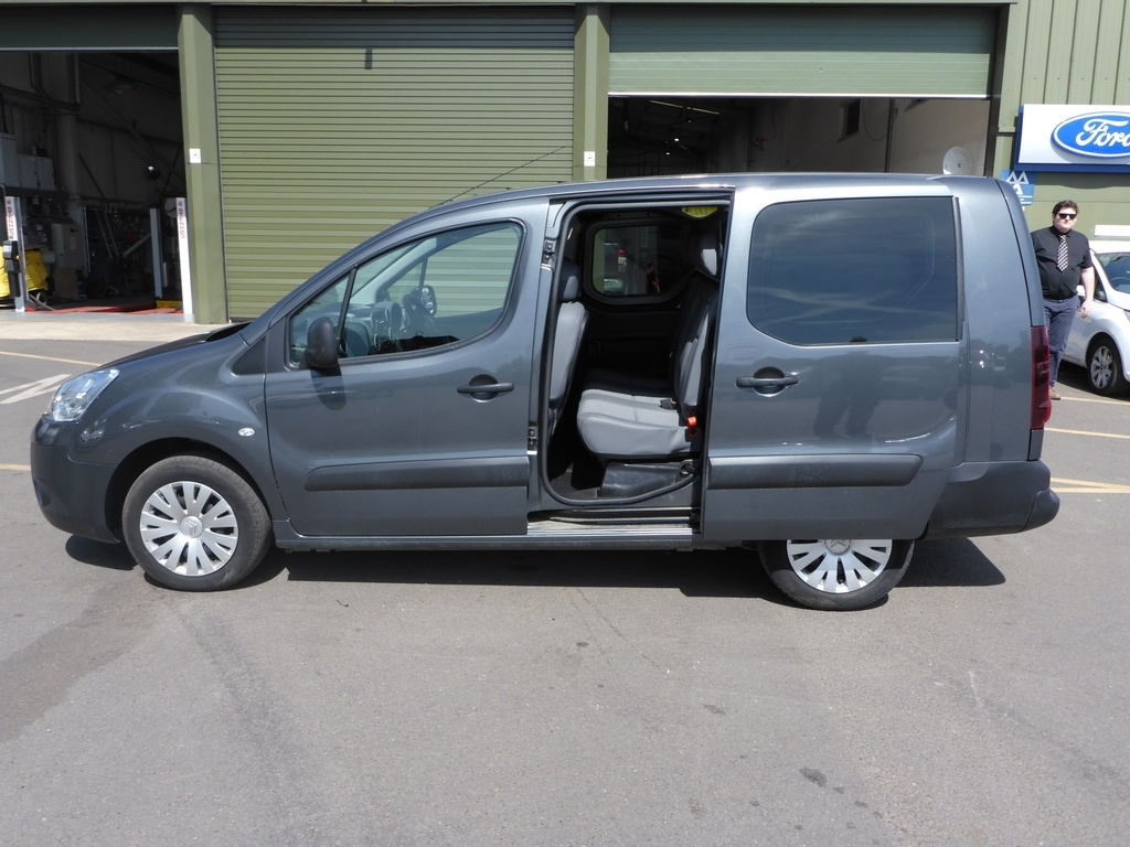 Citroen Berlingo AP15 AKU
