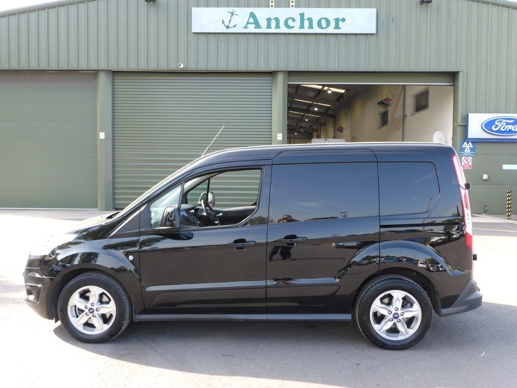 Ford Transit Connect LG18 XTZ