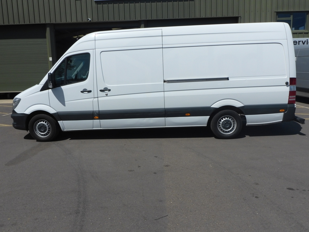 Mercedes Sprinter WP65 FCF