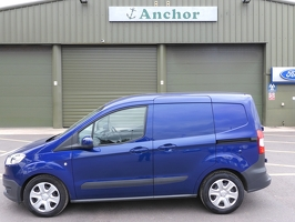 Ford Transit Courier NJ17 CWN