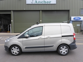 Ford Transit Courier AY15 ZZF