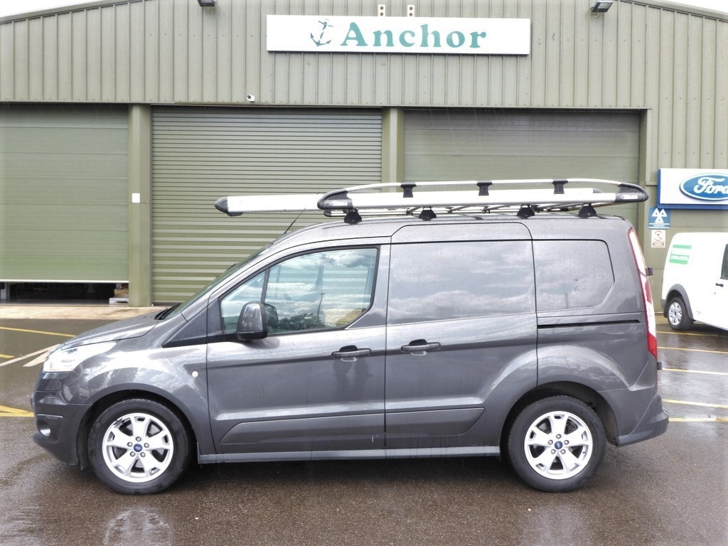 Ford Transit Connect YN16 PNK