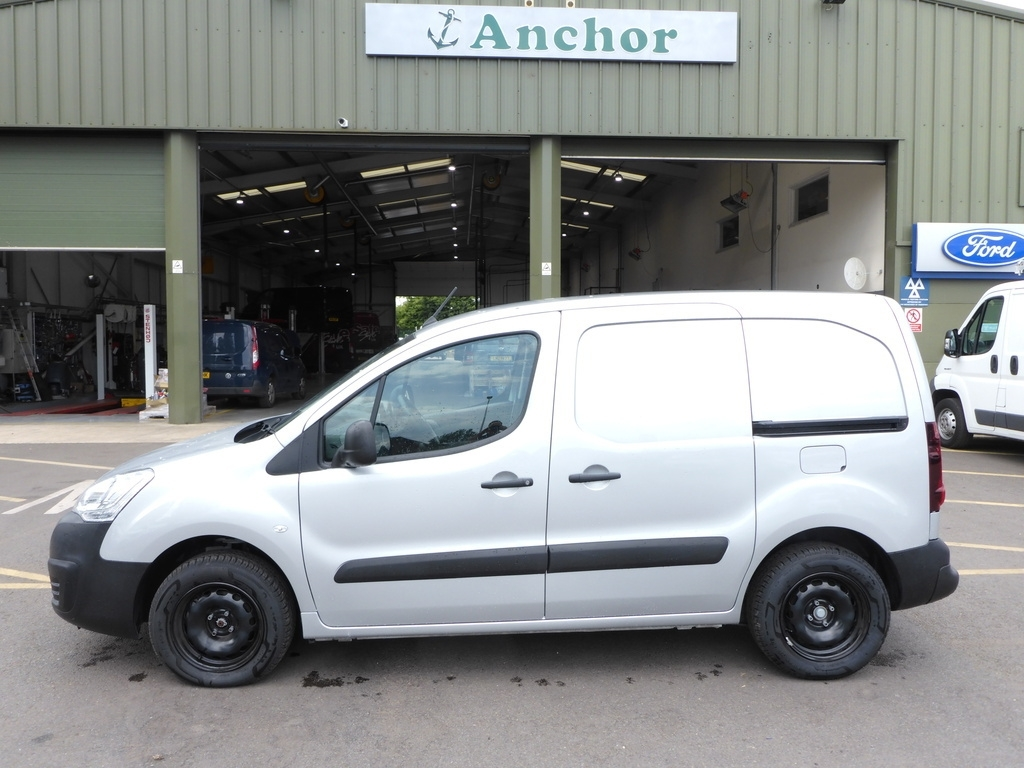 Citroen Berlingo YH68 VWJ