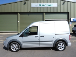 Ford Transit Connect YG12 KLK