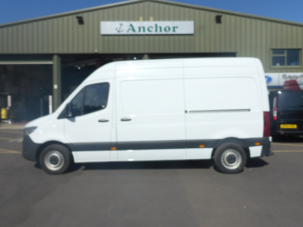 Mercedes Sprinter KR68 TZB