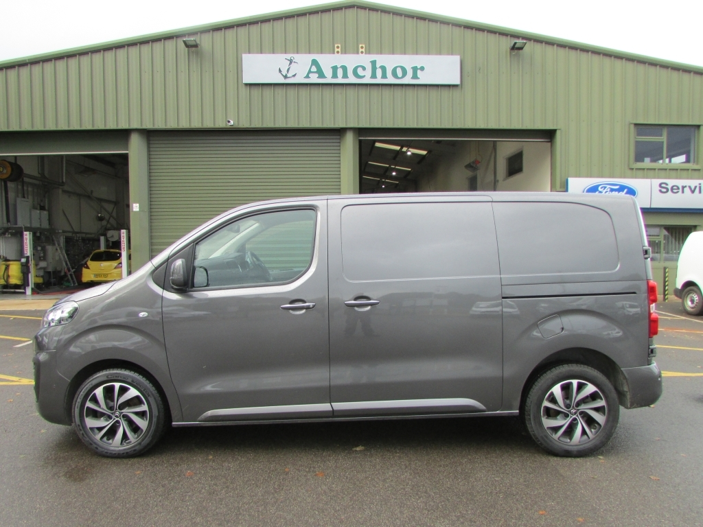 Citroen Dispatch SH67 XJP