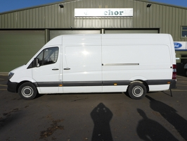 Mercedes Sprinter KM66 XVC