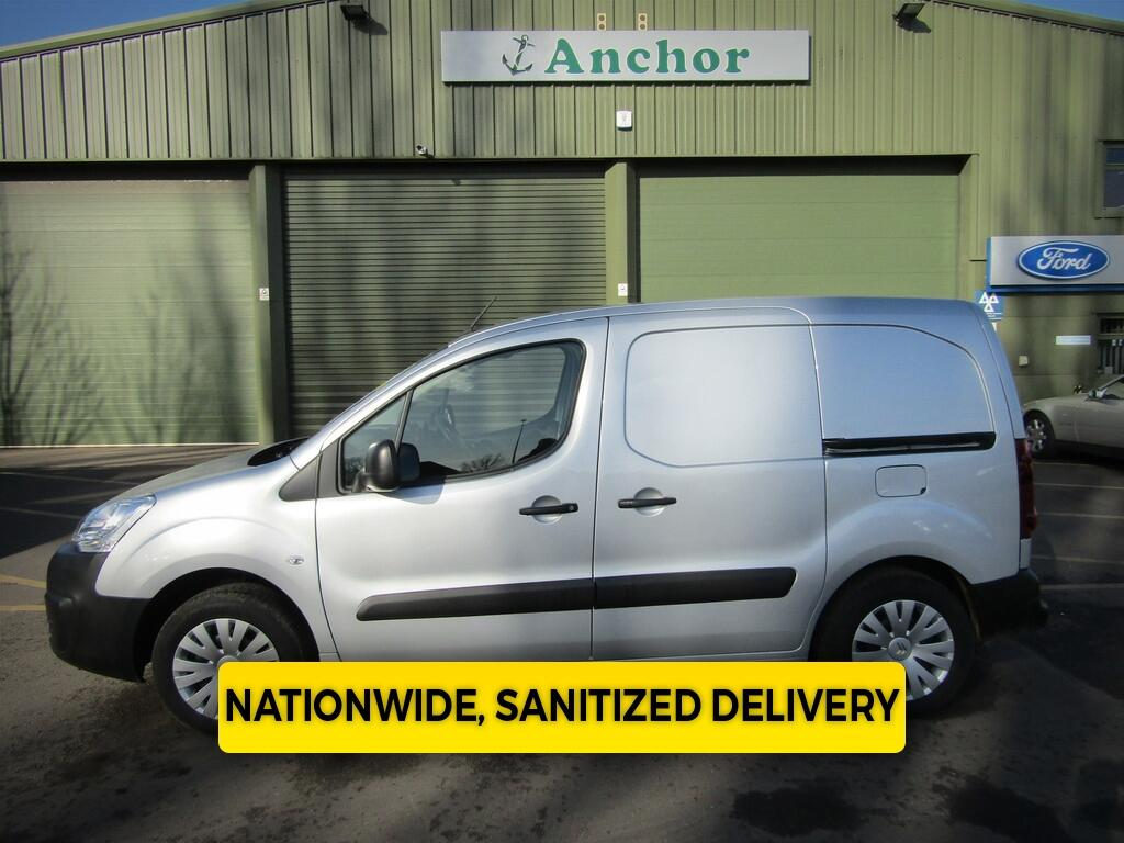 Citroen Berlingo LD67 YLW