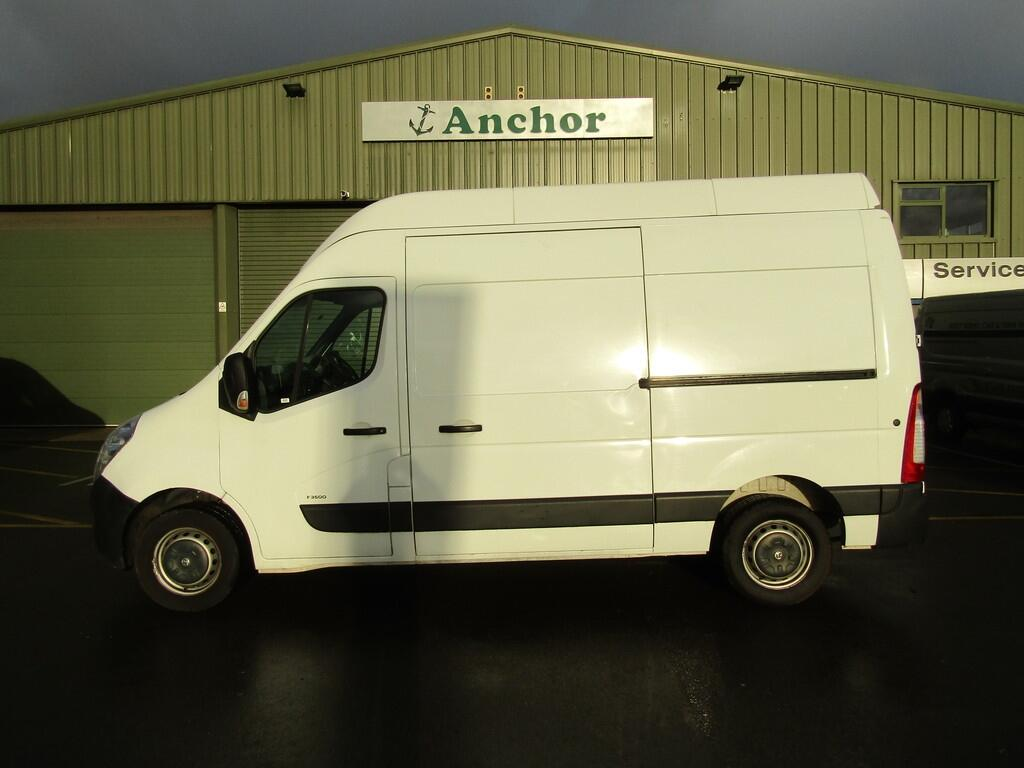 Vauxhall Movano DY64 LHT