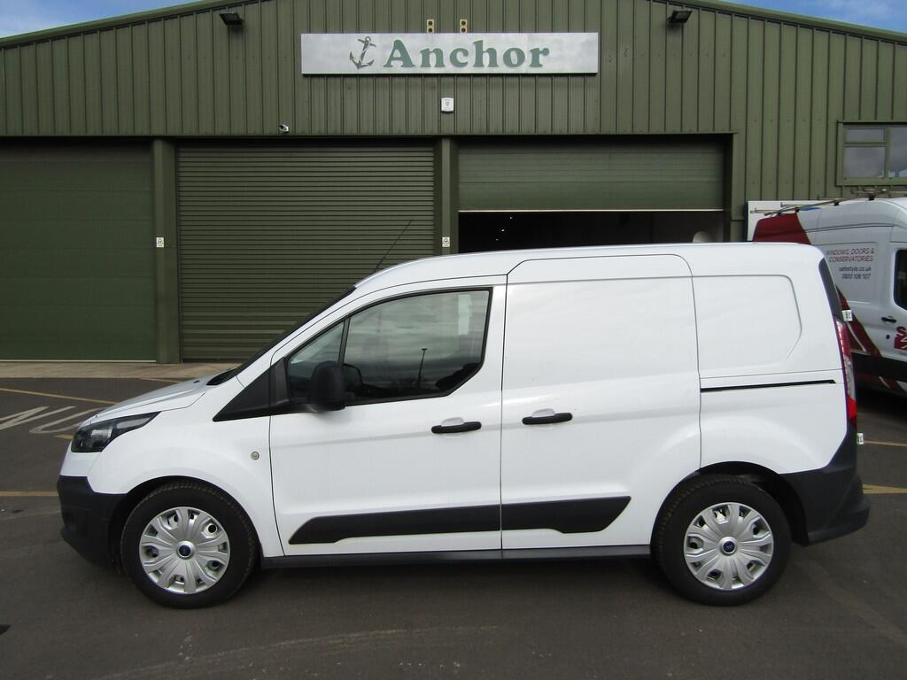 Ford Transit Connect YH64 HLW