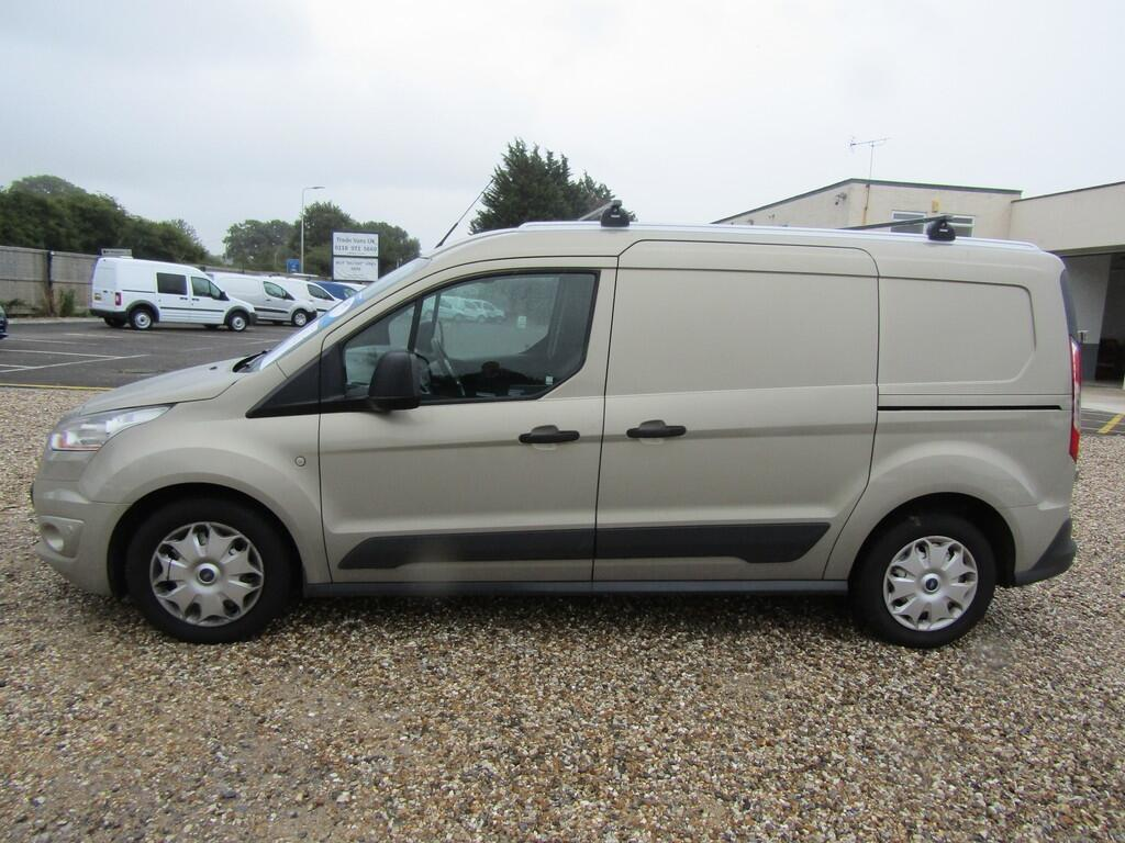 Ford Transit Connect AE64 XHZ