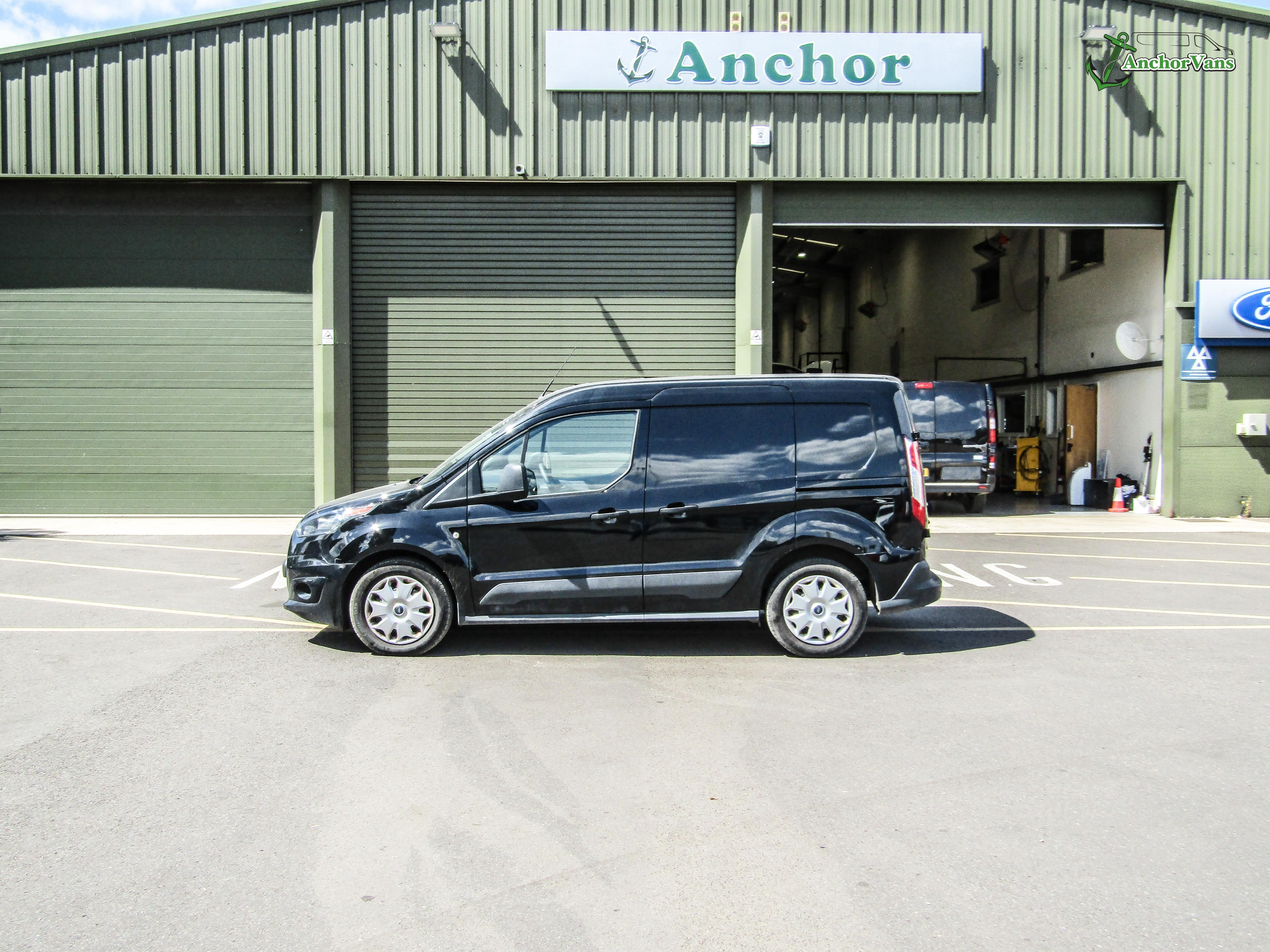 Ford Transit Connect RJ18 URV